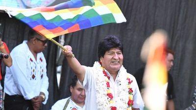 Gobierno de facto de Bolivia no deja correr candidatura de Evo al Senado.