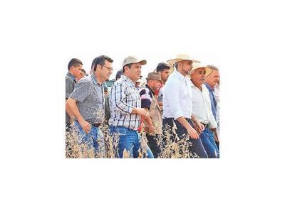 Arranca cosecha de granos de los campesinos