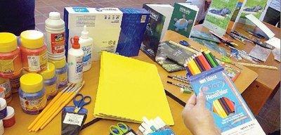 Villarrica: Kits escolares llegan incompletos