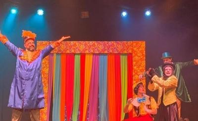 """HOY / """"Pinocho"""" despide las vacaciones de verano en el Teatro Latino"""