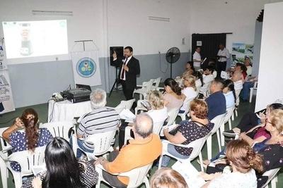 """HOY / Adolfo Rodríguez de Alianza Estratégica, durante la charla sobre la """"Simplificación y Modernización del Sistema Tributario"""""""