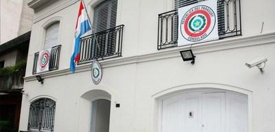 Mujer denuncia que fue abusada en consulado de Paraguay en La Plata Argentina