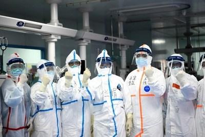 Brote de coronavirus llega a las cárceles en China e Italia