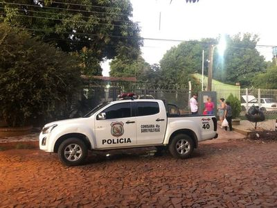 Encapuchados toman por asalto a una familia de comerciantes