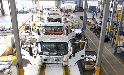 HOY / Producción automotriz nacional estancada por varios motivos