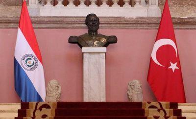 Estudiantes paraguayos instan a descubrir Turquía
