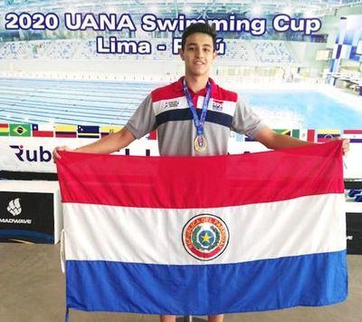 Nadadores paraguayos retornan luego de conquistar 6 medallas