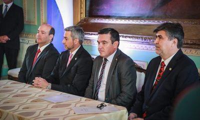Acuerdo entre MEC y Conatel permitirá distribución de 12.000 notebooks con internet a escuelas públicas