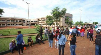 Caldeado ambiente en PJC: refuerzan con antimotines la Junta Municipal