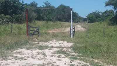 Denuncian ante la comisaría que maquinarias de la Gobernación realizaban trabajo en terreno particular