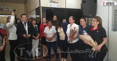 Por el Día de la Mujer Paraguaya, funcionarias fueron agasajadas en la Gobernación de Itapúa