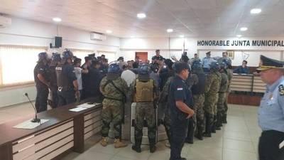 PJC: Grupo de los 7 destituye al presidente de la Junta Municipal y pone a Martín Escobar en su lugar