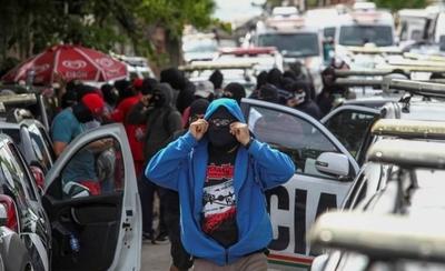 HOY / Brasil: policías en huelga y ascienden a 150 los asesinatos en cinco días
