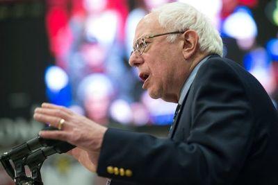 Cuba, la manzana de la discordia entre Sanders y otros demócratas en EE.UU.