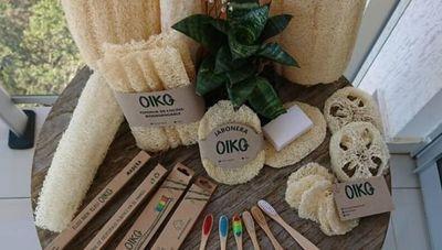 Cepillos de dientes de bambú y esponjas vegetales: opciones amigables con la Tierra