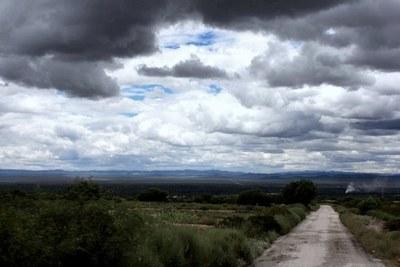 Pronostican jornada lluviosa y temperaturas cálidas