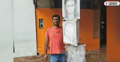 Joven artesano exhibe sus trabajos en Encarnación