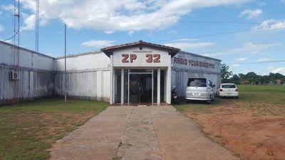 """Cierran radio de """"Letradito"""" Ibáñez  por falta de pago de salarios y aguinaldo"""