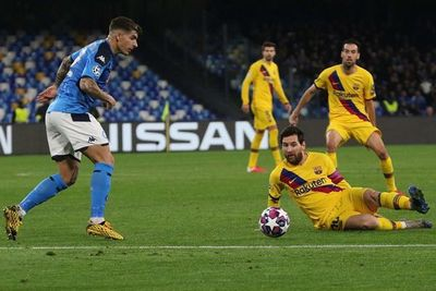 El Barcelona no pudo en su visita al Nápoli
