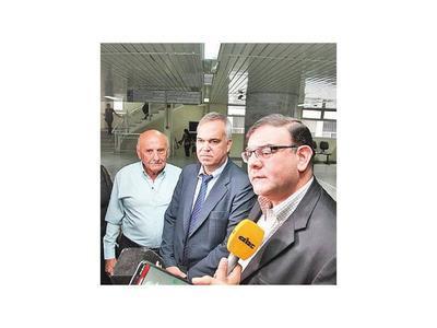 Rechazan recurso de Rivas, pero suspenden preliminar