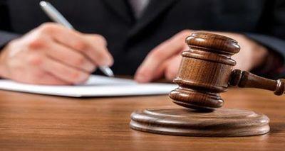 Habría abusado de su hijastro de cinco años y enfrentará juicio