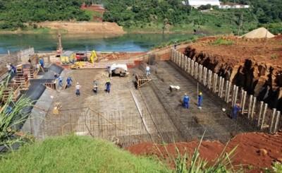 Puente Integración: Avanzan trabajos de colocación de base para torres