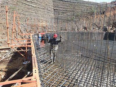 Puente de la Integración: avanzan con colocación de zapatas