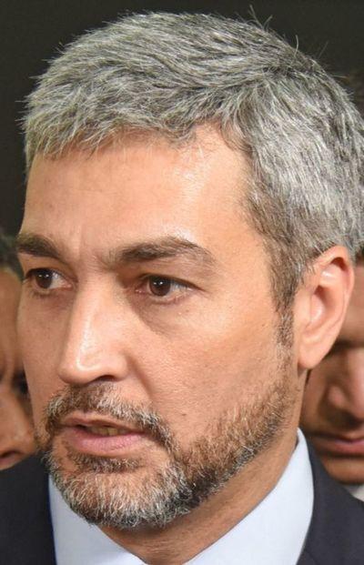 """Metrobús: """"Espero que la justicia actúe contra quienes quieren defraudar al pueblo paraguayo"""", dice Mario Abdo Benítez sobre Mota Engil"""