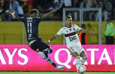 """HOY / Flamengo busca un nuevo título frente a un Independiente """"con hambre"""""""