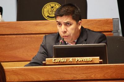 Pese a graves denuncias, dos legisladores de Ciudad del Este continúan en el cargo