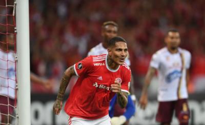 HOY / La conexión D'Alessandro-Guerrero mete al Inter en la fase de grupos
