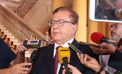 Austeridad vs nepotismo en la EBY: Leales a Nicanor fueron nombrados antes de que él llegue, dicen
