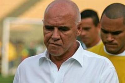 Muere Valdir Espinosa