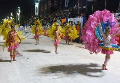 Villa Hayes reactiva su carnaval este fin de semana tras siete años de pausa