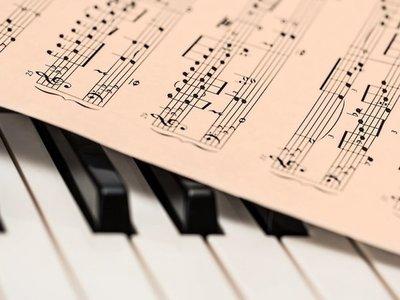 Músicos crean todas las melodías posibles y las publican en Internet