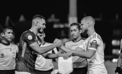 HOY / Soberana paliza aplica River a Libertad y va a la final de la Copa