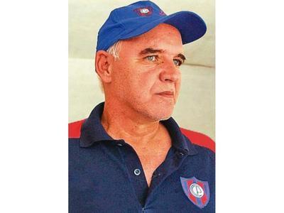 Se fue  el DT campeón de Cerro del 87