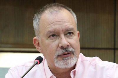 """""""Administración de pasivos"""", razonable pero debe ser estudiado, según Silva Facetti"""