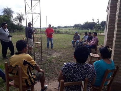Agricultura entrega insumos a productores de Cordillera