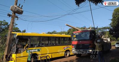 Pasajeros aprovecharon el accidente para apoderarse del dinero recaudado en el ómnibus