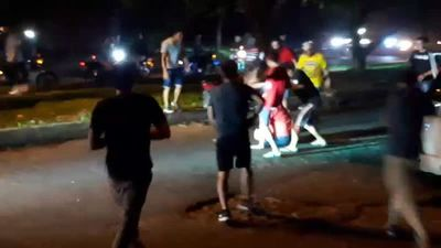 Cae presunto integrante de turba de motociclistas que atacó a conductor