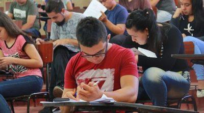 La Gobernación de Central culminó la corrección de exámenes para acceder a las Becas 2019