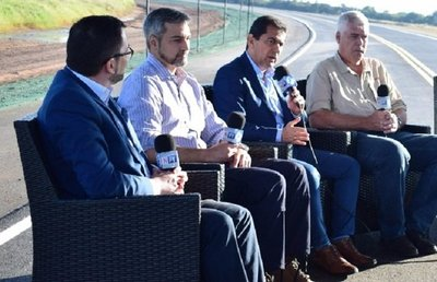 """Mario Abdo: """"Mal año agrícola impactó en la economía"""""""
