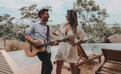 """HOY / Macelo Gabriel y Sol Codas presentan su nuevo videoclip """"Por fin lo entendí"""""""