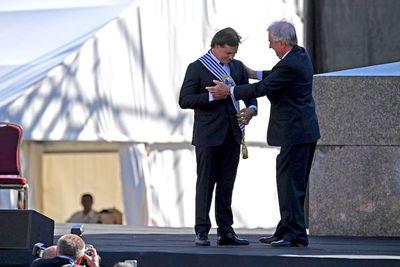 Liberal Lacalle Pou asume presidencia de Uruguay