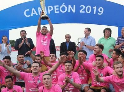 12 de Octubre de Santo Domingo se quedó con el título