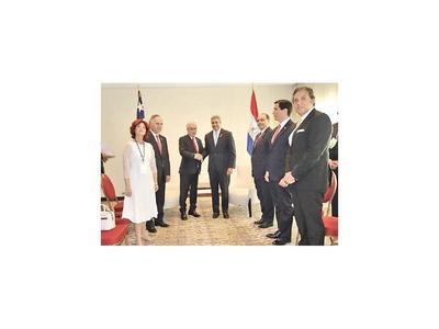 Abdo y Piñera hablaron de economía y la Ruta Bioceánica