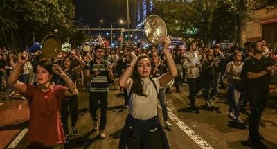 HOY / 2019: el hartazgo social en América Latina