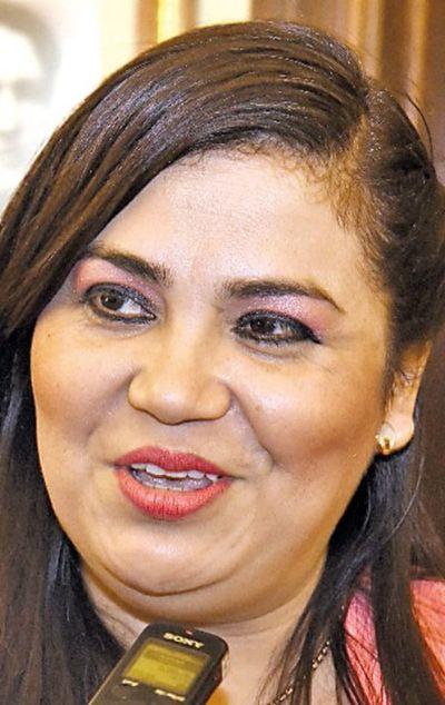 Piden auditar gestión de la intendenta de Ybycuí