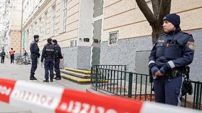 Italia decreta el cierre de colegios y universidades en todo el país hasta marzo